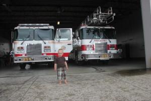 Kevin og brannbiler